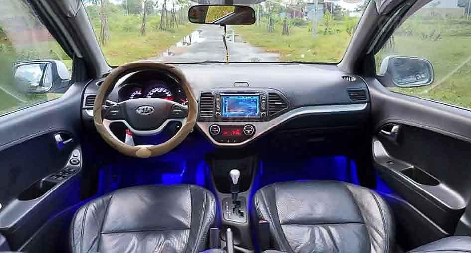 Cần bán xe Kia Picanto năm sản xuất 2013, màu trắng, giá 260tr (2)