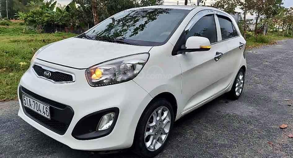 Cần bán xe Kia Picanto năm sản xuất 2013, màu trắng, giá 260tr (1)