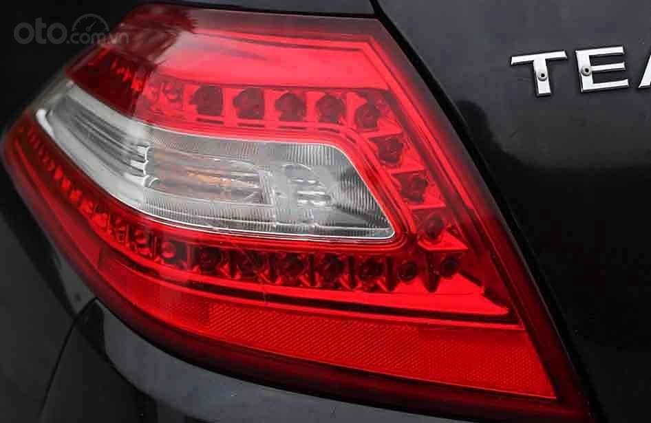 Cần bán Nissan Teana đời 2010, màu đen, nhập khẩu, giá chỉ 395 triệu (3)