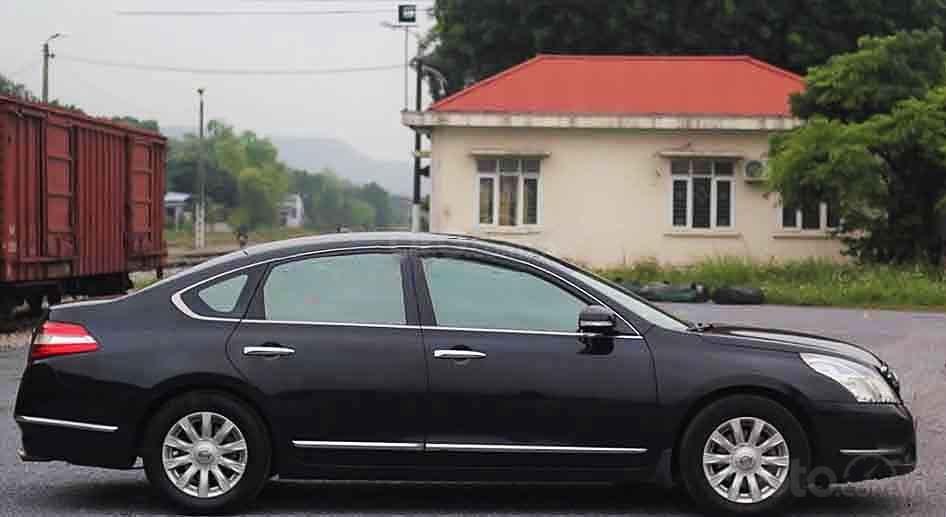 Cần bán Nissan Teana đời 2010, màu đen, nhập khẩu, giá chỉ 395 triệu (5)
