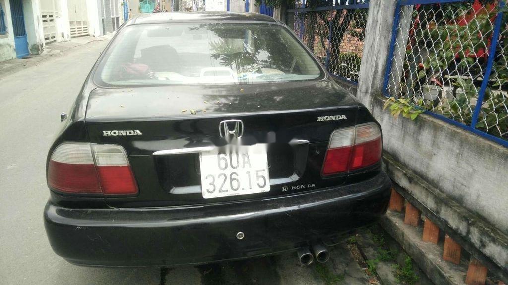Cần bán xe Honda Accord đời 1997, màu đen, xe nhập chính chủ  (3)