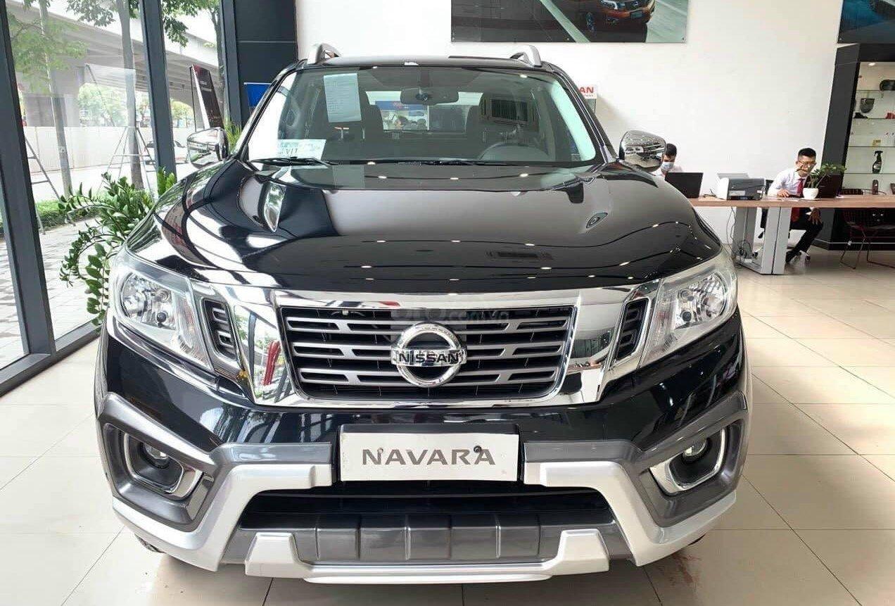 Nissan Navara giảm giá hấp dẫn tại đại lý 1