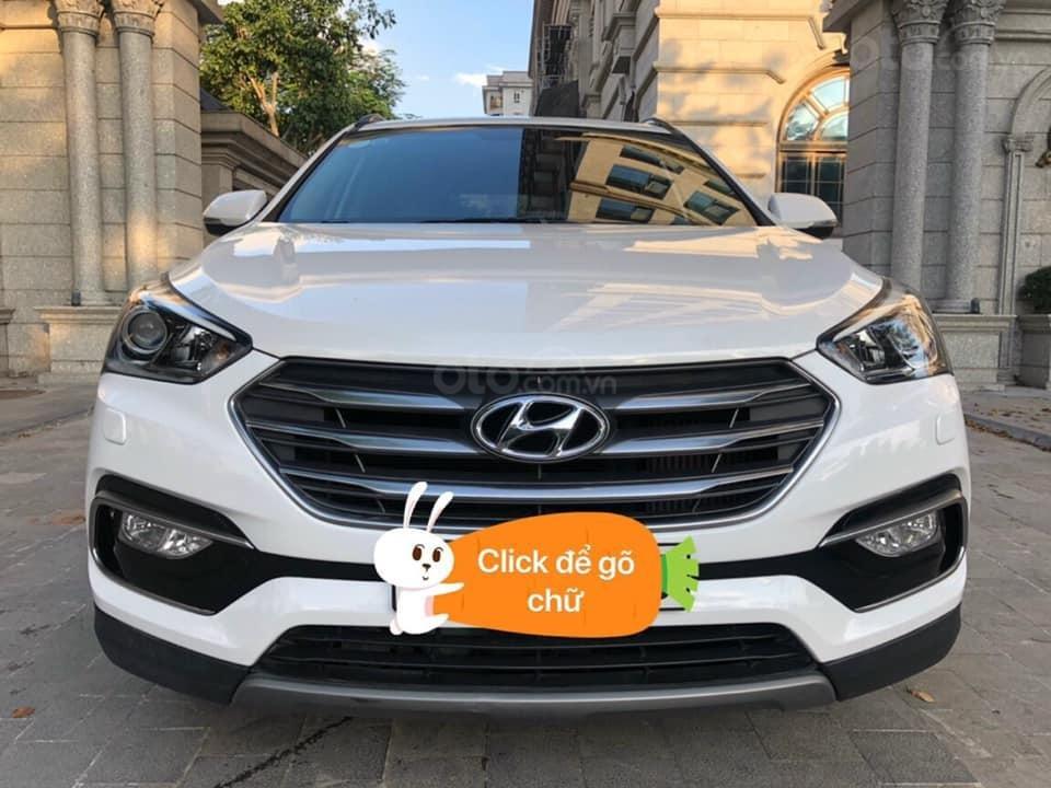 Cần bán Hyundai Santa Fe đời 2018, màu trắng (1)