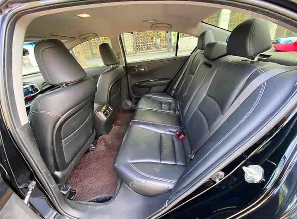 Bán Honda Accord năm sản xuất 2014, màu đen, nhập khẩu nguyên chiếc còn mới (2)