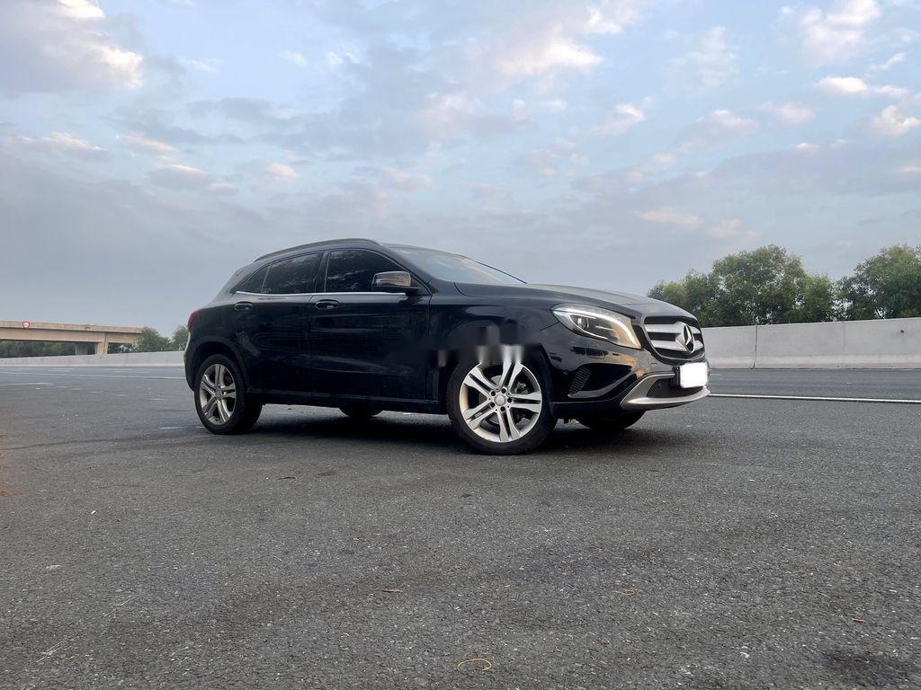 Cần bán Mercedes GLA-Class năm 2015 còn mới (6)