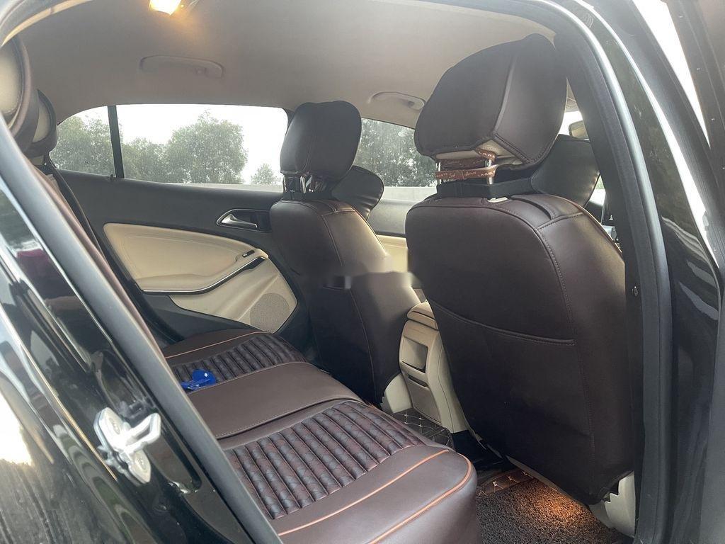 Cần bán Mercedes GLA-Class năm 2015 còn mới (4)