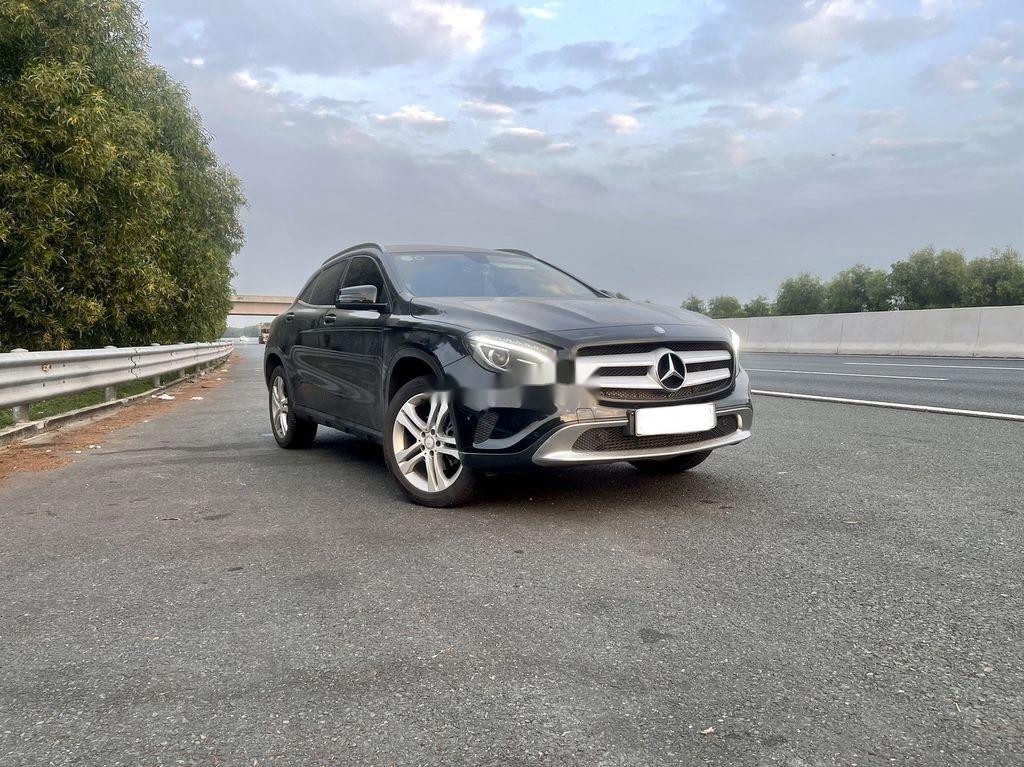 Cần bán Mercedes GLA-Class năm 2015 còn mới (5)