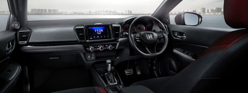 Honda City 2021 Hatchback sở hữu nội thất thân thuộc nhưng hiện đại.