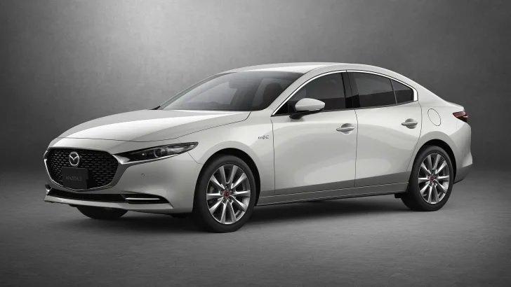 Mazda 3 2021 nâng cấp mới chào giá 496 triệu.