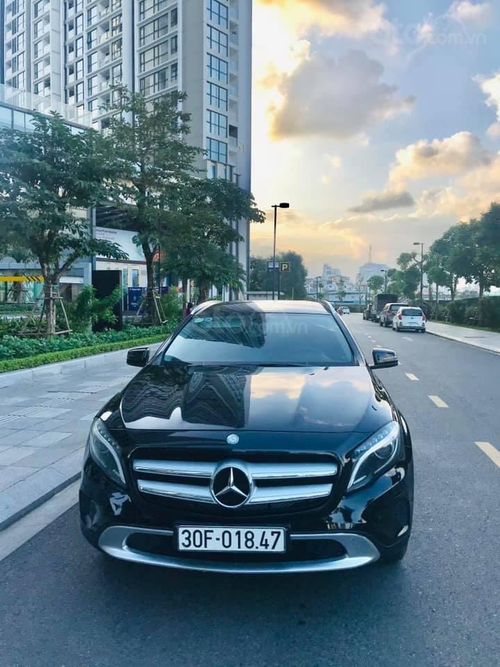 Cần bán xe Mercedes-Benz GLA 200 1.6 AT SX 2015, màu trắng (5)