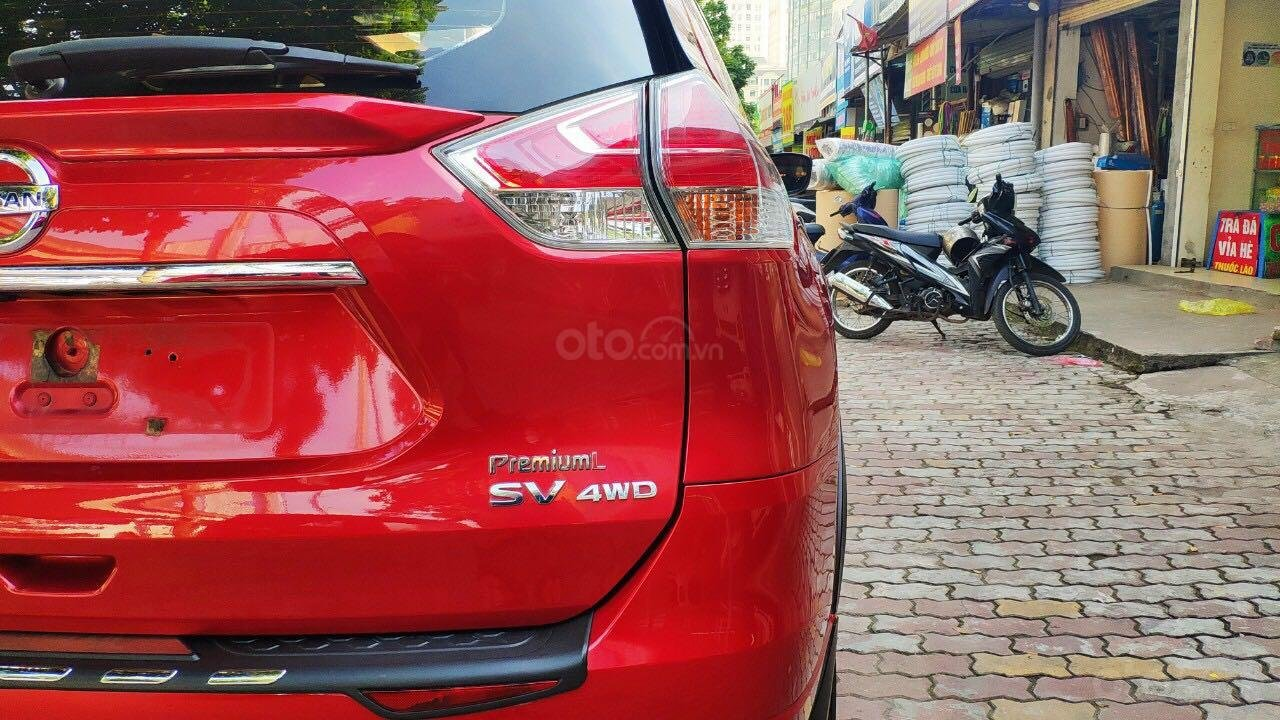 Cần bán gấp Nissan X trail đăng ký lần đầu 2018, màu đỏ ít sử dụng, giá thương lượng (7)