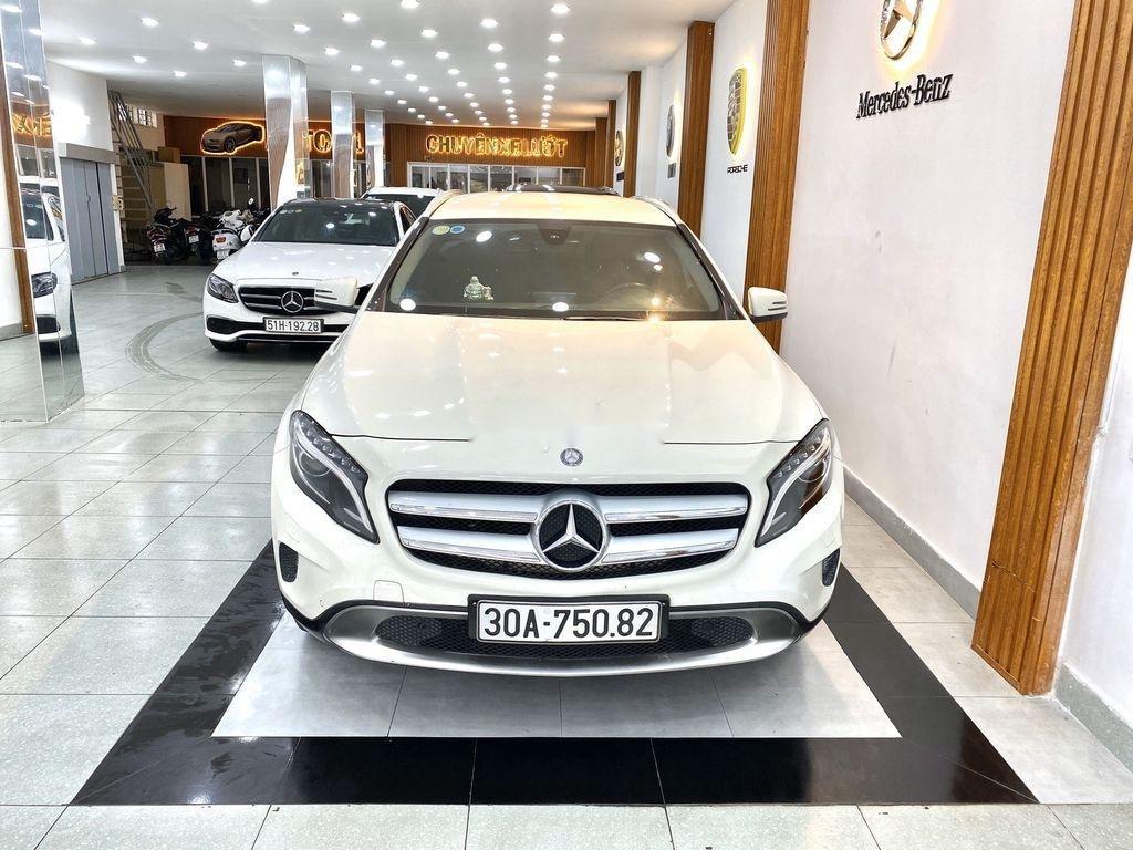 Cần bán xe Mercedes GLA-Class sản xuất 2017 còn mới (1)