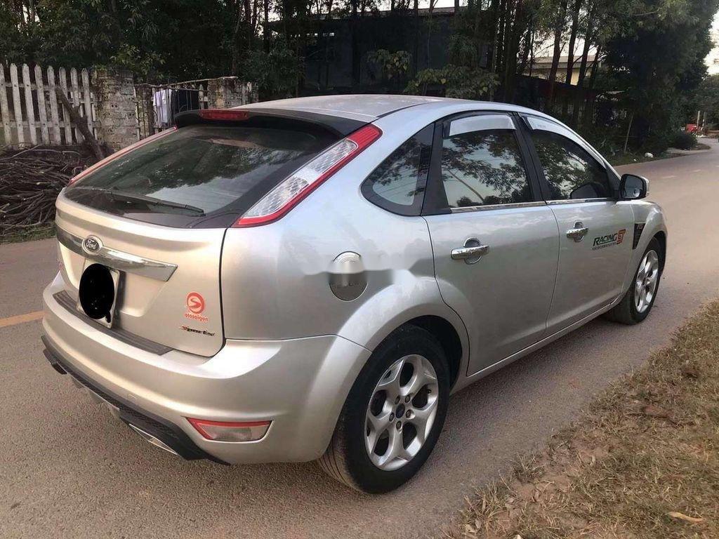 Cần bán xe Ford Focus sản xuất 2010, màu bạc chính chủ, 263 triệu (8)