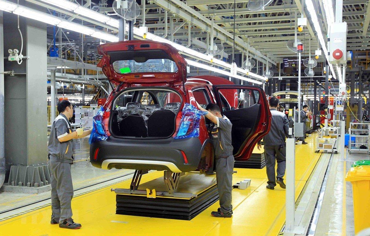 Sức mua ô tô phục hồi nhờ ưu đãi 50% phí trước bạ của Chính phủ cho xe lắp ráp.