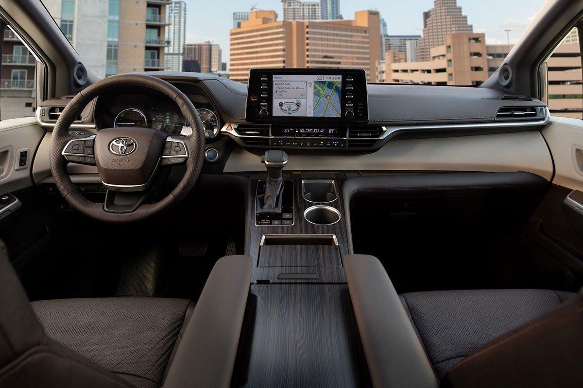 Ảnh Khoang lái xe Toyota Sienna 2021