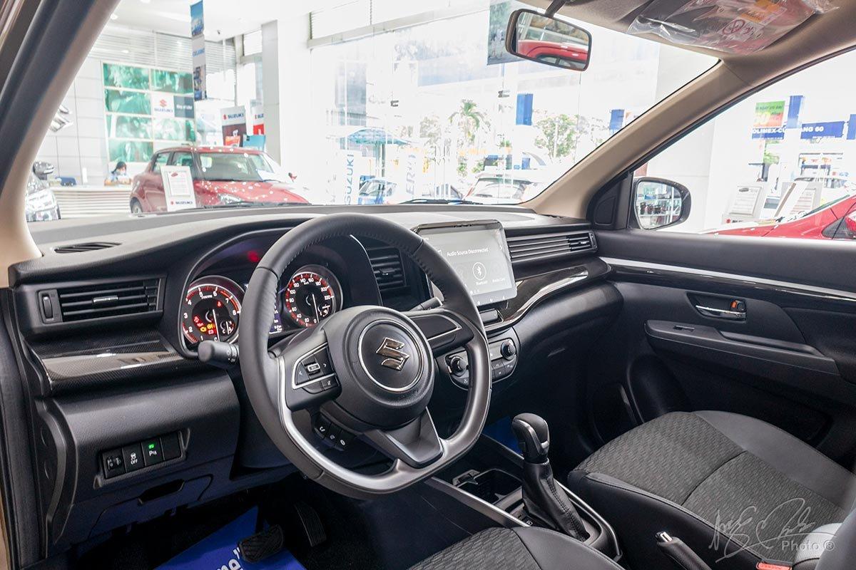 Nội thất Suzuki XL7,