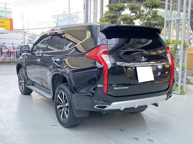 Bán xe Mitsubishi Pajero Sport năm sản xuất 2019, màu đen, giá 920tr (6)