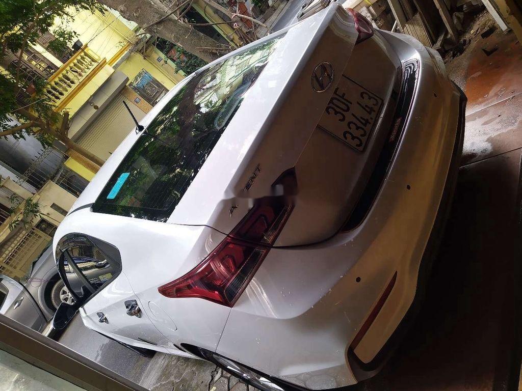 Bán ô tô Hyundai Accent sản xuất 2018, màu trắng, nhập khẩu (2)