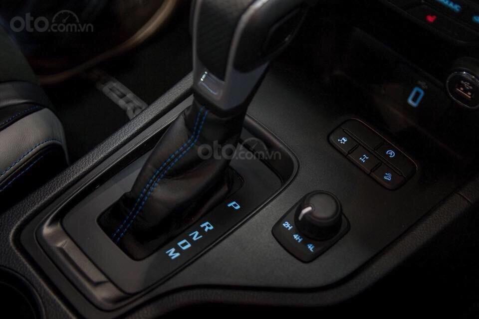 Sở hữu ngay Ford Ranger Raptor 2020 mới đủ màu, đủ loại - giao xe ngay (5)