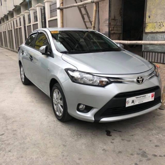 Bán Toyota Vios đời 2018 màu trắng (1)