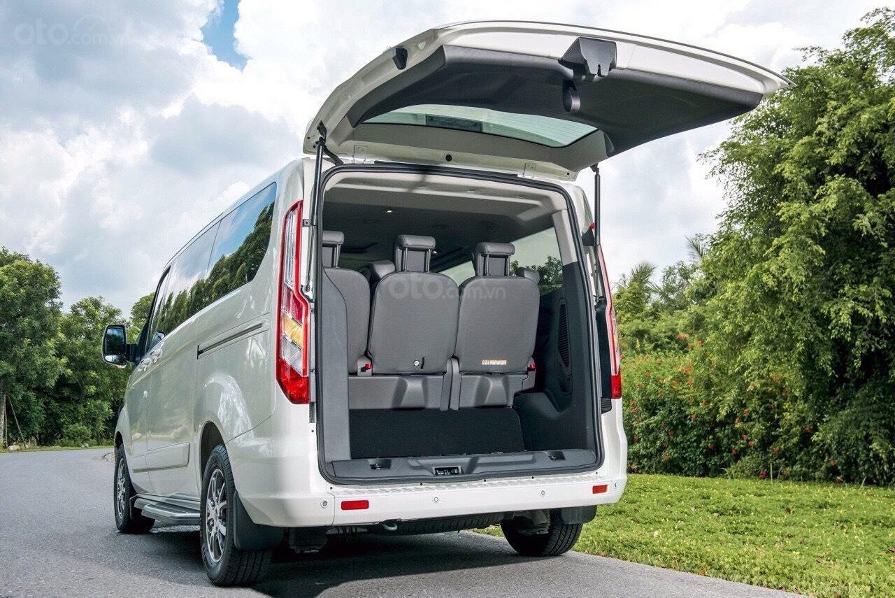 Ford Tourneo 2020 - cực phẩm xe hot, chỉ 350tr nhận xe ngay, giảm 50% thuế trước bạ + tặng thêm các khuyến mãi cực khủng (3)