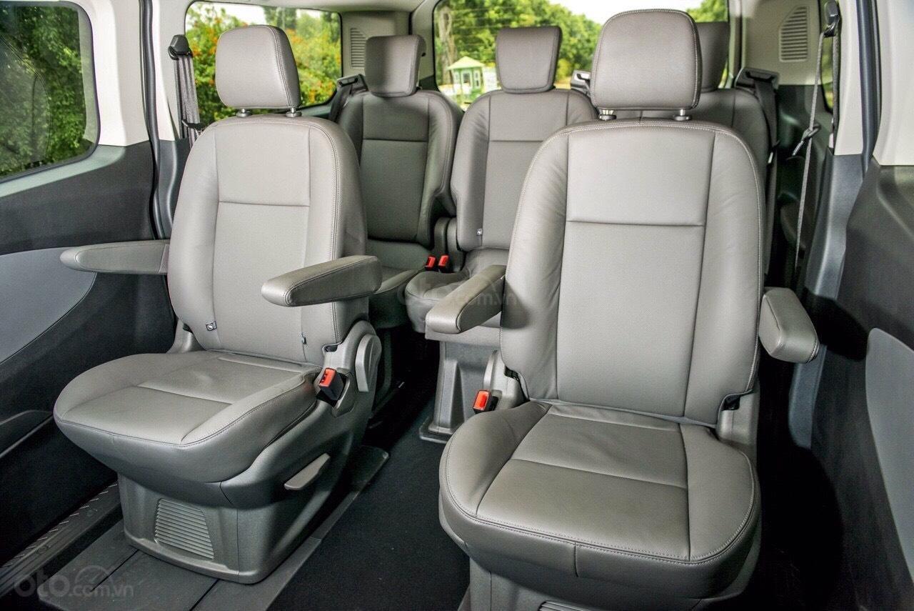 Ford Tourneo 2020 - cực phẩm xe hot, chỉ 350tr nhận xe ngay, giảm 50% thuế trước bạ + tặng thêm các khuyến mãi cực khủng (4)