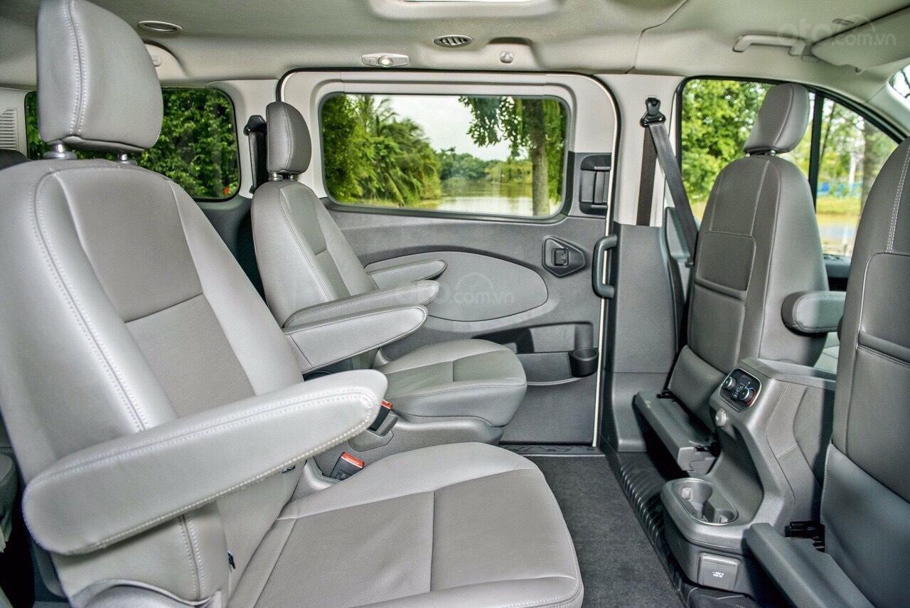 Ford Tourneo 2020 - cực phẩm xe hot, chỉ 350tr nhận xe ngay, giảm 50% thuế trước bạ + tặng thêm các khuyến mãi cực khủng (5)