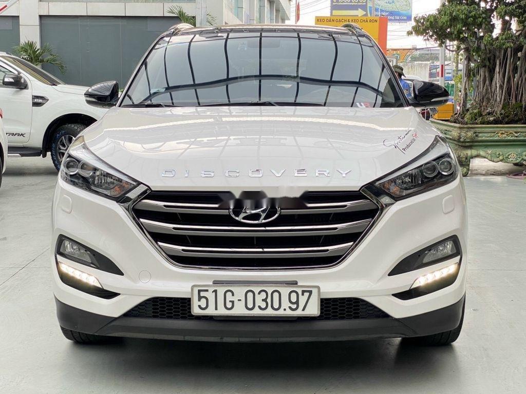 Cần bán gấp Hyundai Tucson năm sản xuất 2018, màu trắng (3)