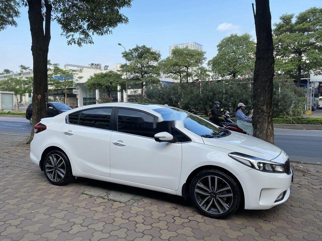 Cần bán xe Kia Cerato sản xuất năm 2016, màu trắng (3)