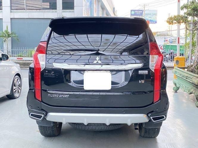 Bán xe Mitsubishi Pajero Sport năm sản xuất 2019, màu đen, giá 920tr (5)