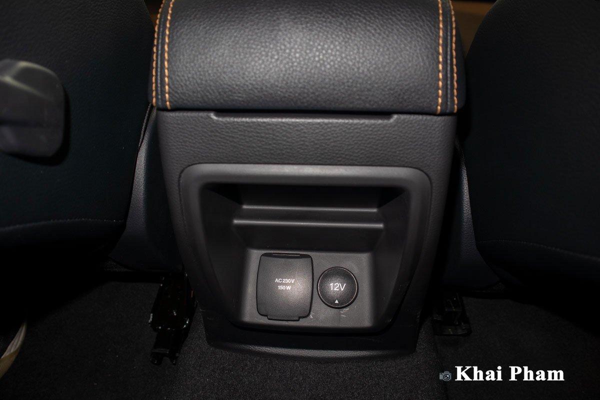 Ảnh Cổng sạc xe Ford Ranger Wildtrak 2021