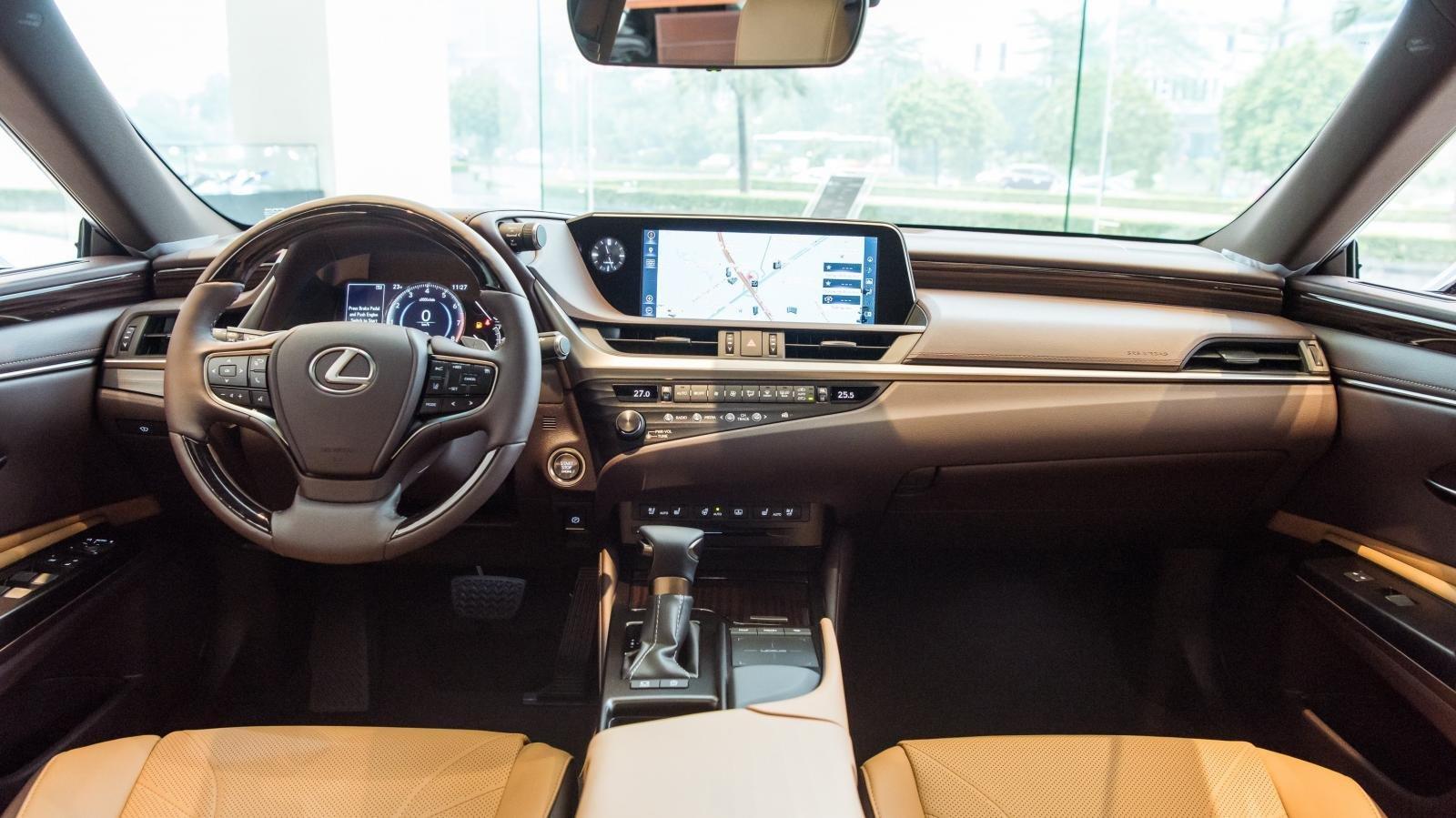 Không gian nội thất xe Lexus ES 2021 1