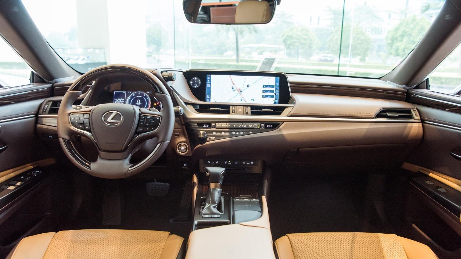 Nội thất Lexus ES 2021 mới nhất.