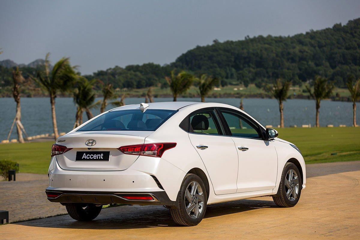 Thiết kế đuôi xe Hyundai Accent 2021.