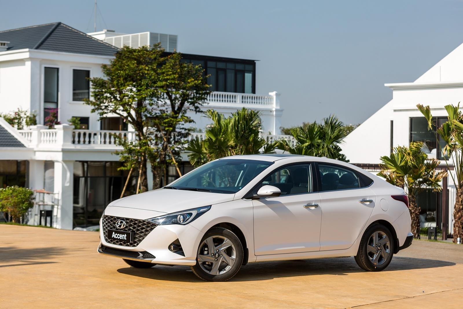 Ngoại thất Hyundai Accent 2021 1.