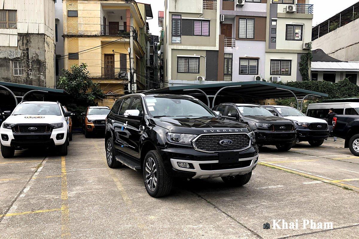 Ford Everest 2021 đã về đại lý, nâng cấp nhẹ, 3 option bị cắt a1