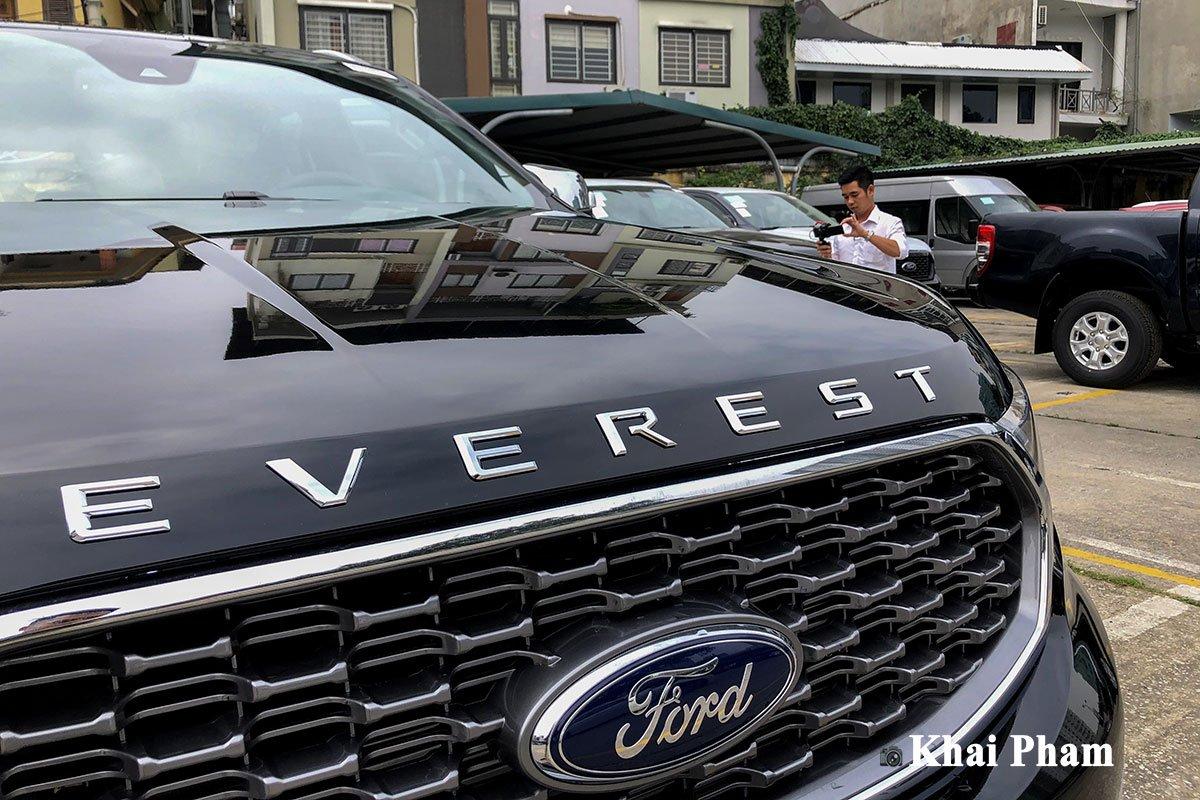 Ford Everest 2021 đã về đại lý, nâng cấp nhẹ, 3 option bị cắt a4
