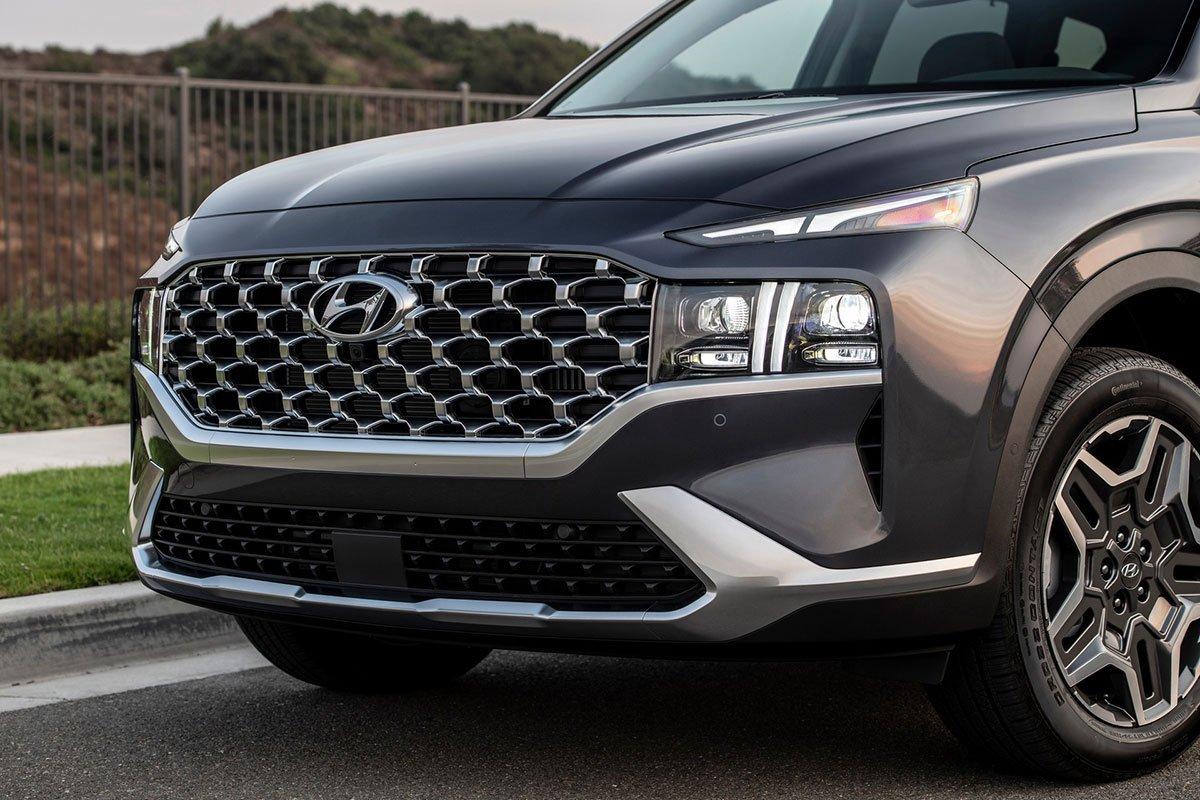 Chiêm ngưỡng vẻ đẹp của Hyundai Santa Fe 2021 sắp bán ở Việt Nam a4
