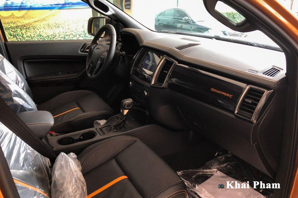 Nội thất thất xe Ford Ranger 2021.