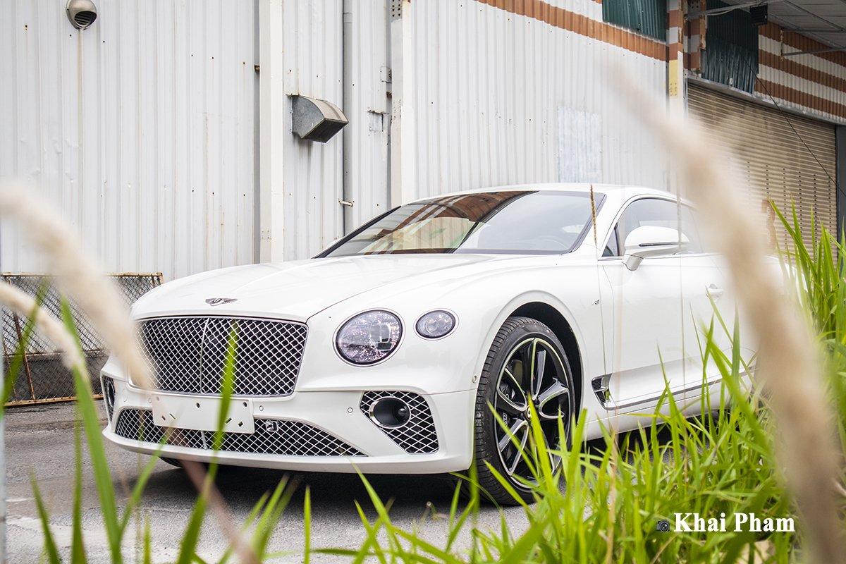 Ảnh Tổng quát xe Bentley Continental GT 2021