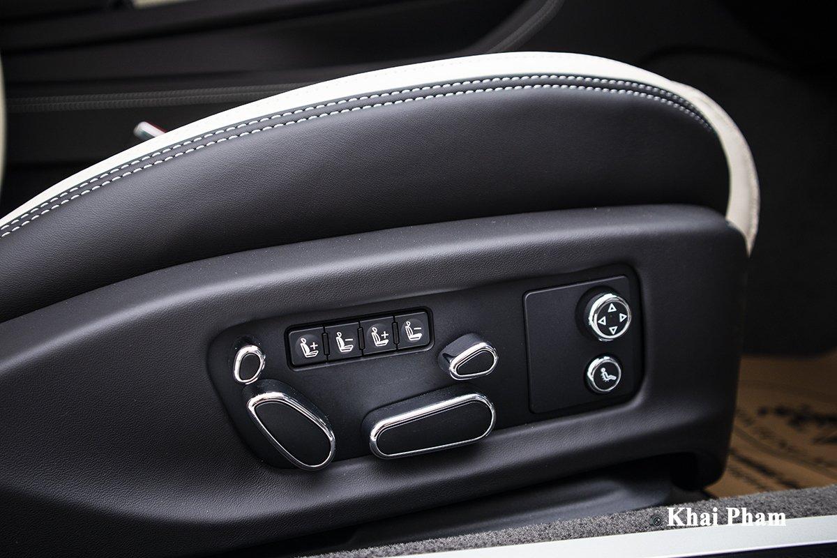 Ảnh Ghế chỉnh điện xe Bentley Continental GT 2021
