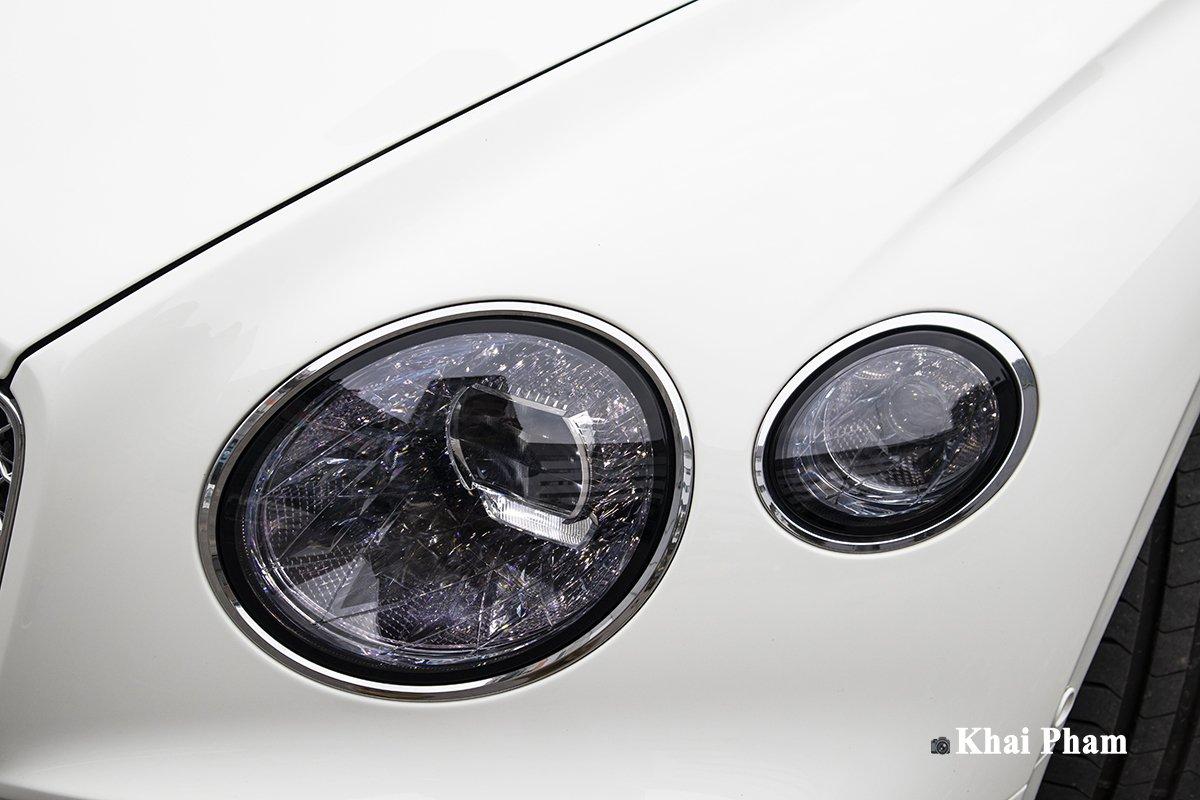 Ảnh Đèn pha phải xe Bentley Continental GT 2021