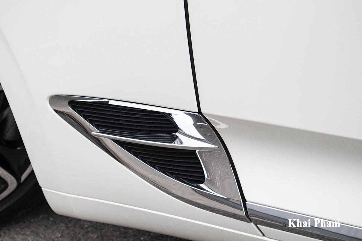 Ảnh Khe gió xe Bentley Continental GT 2021