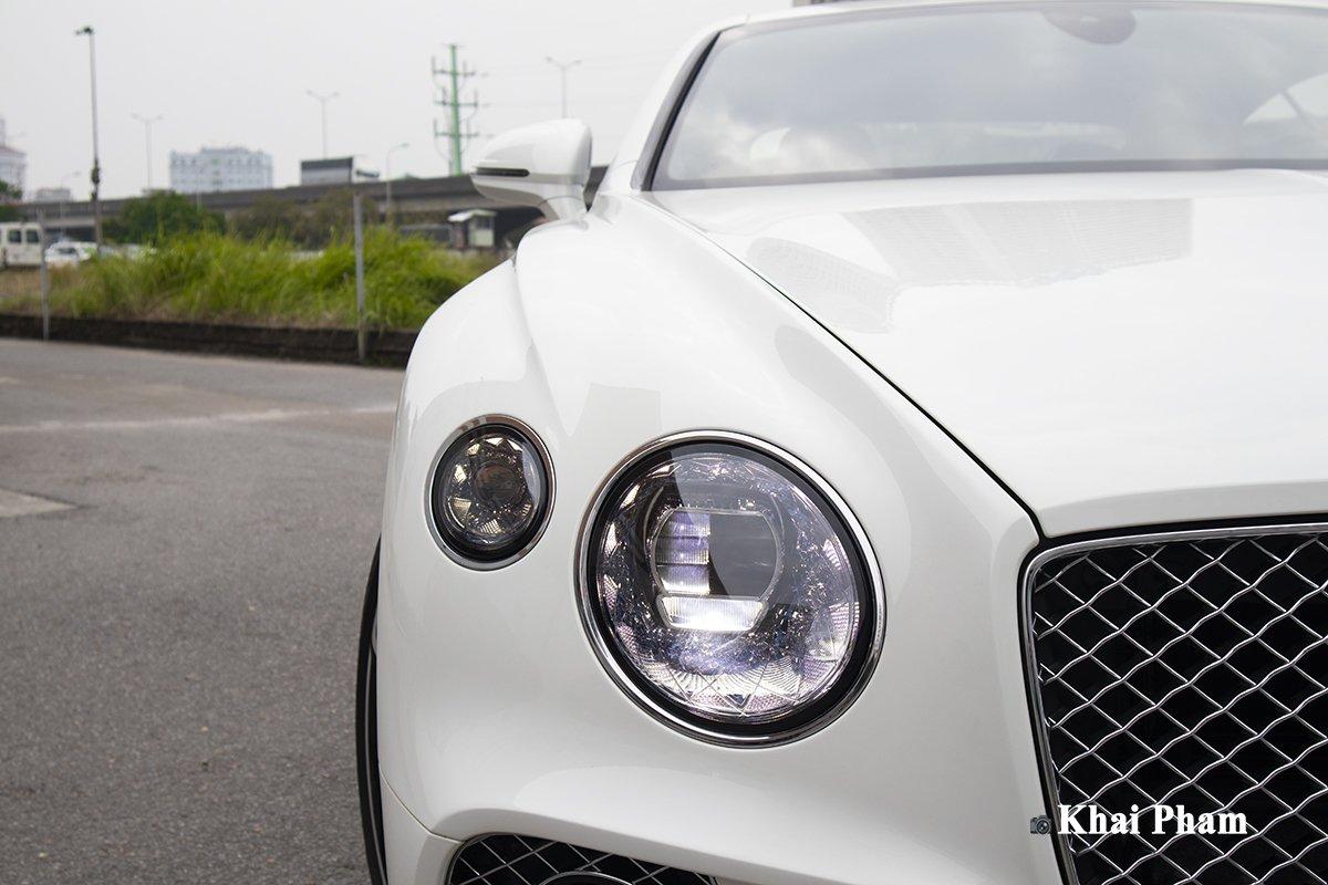 Ảnh Đèn pha xe Bentley Continental GT 2021