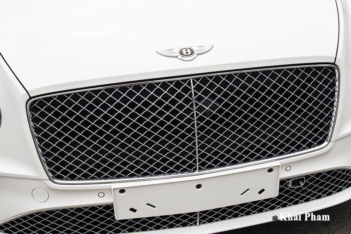 Ảnh Lưới tản nhiệt xe Bentley Continental GT 2021