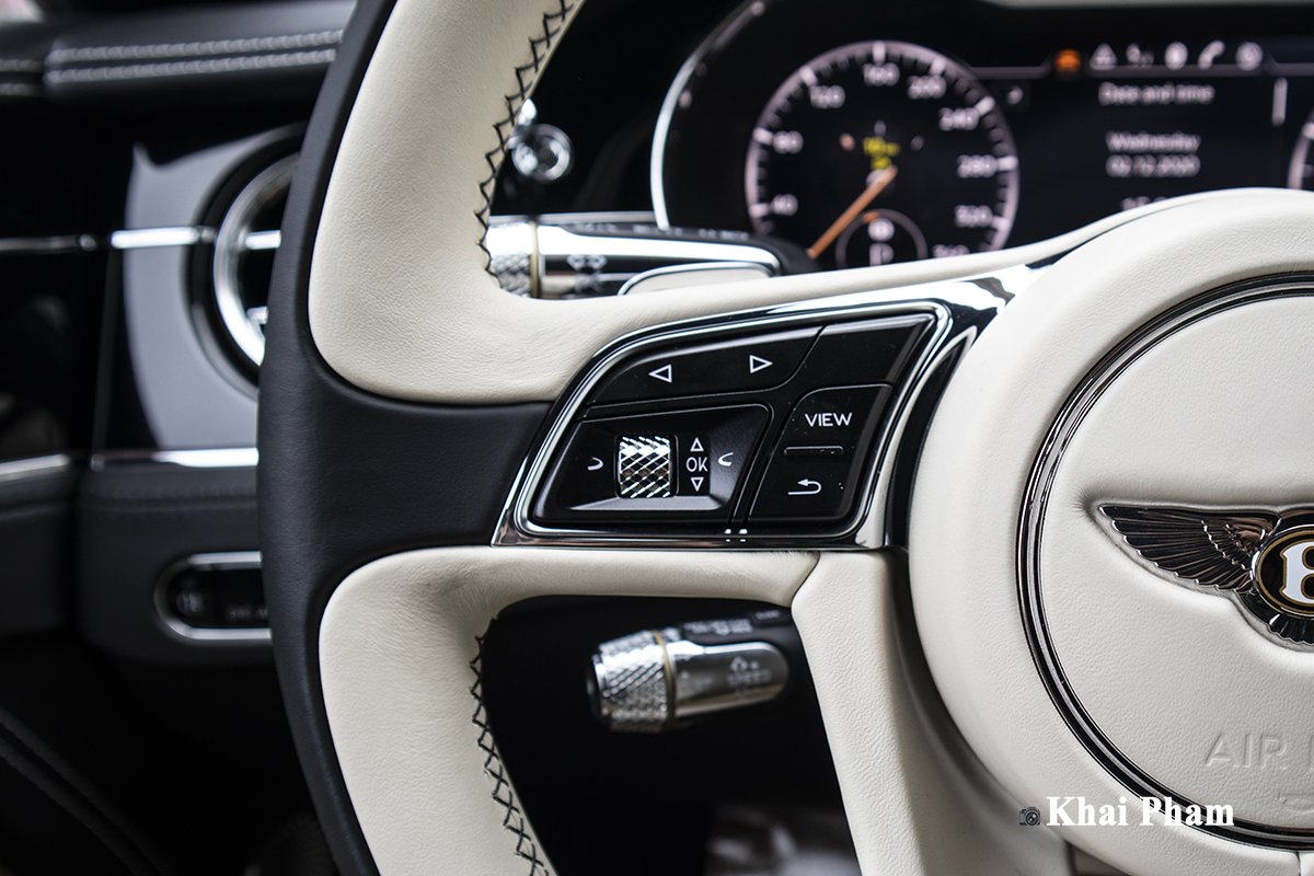 Ảnh Nút bấm xe Bentley Continental GT 2021