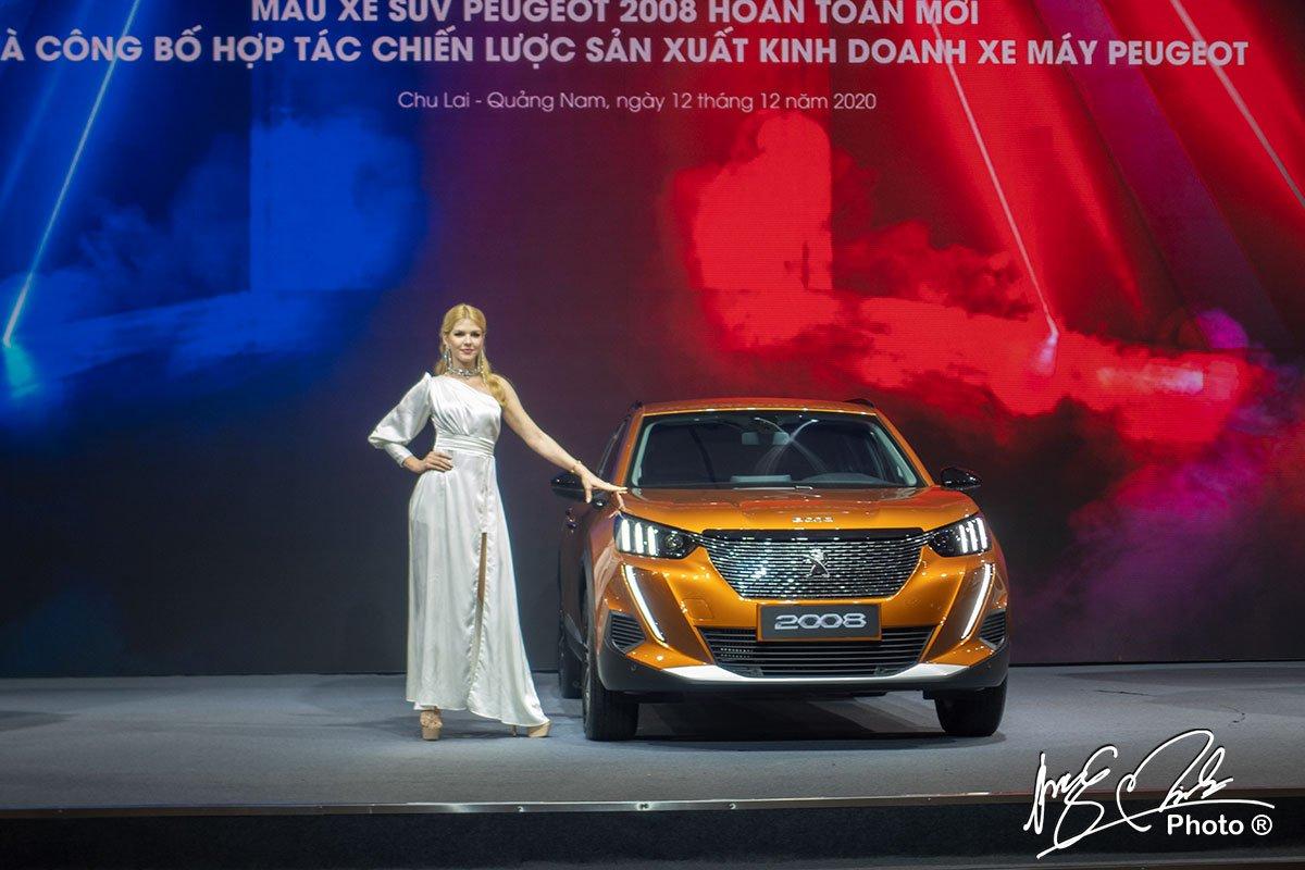 Peugeot 2008 2021 sẽ được bán với mức giá từ 739 - 829 triệu đồng.