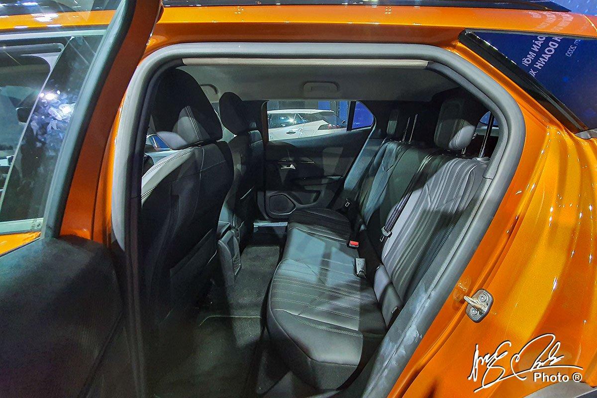Nội thất Peugeot 2008 - Ảnh 5.