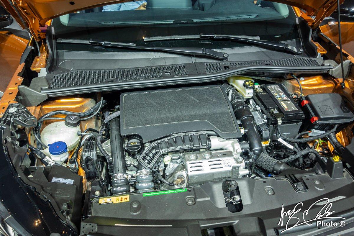 Động cơ Peugeot 2008 2021.