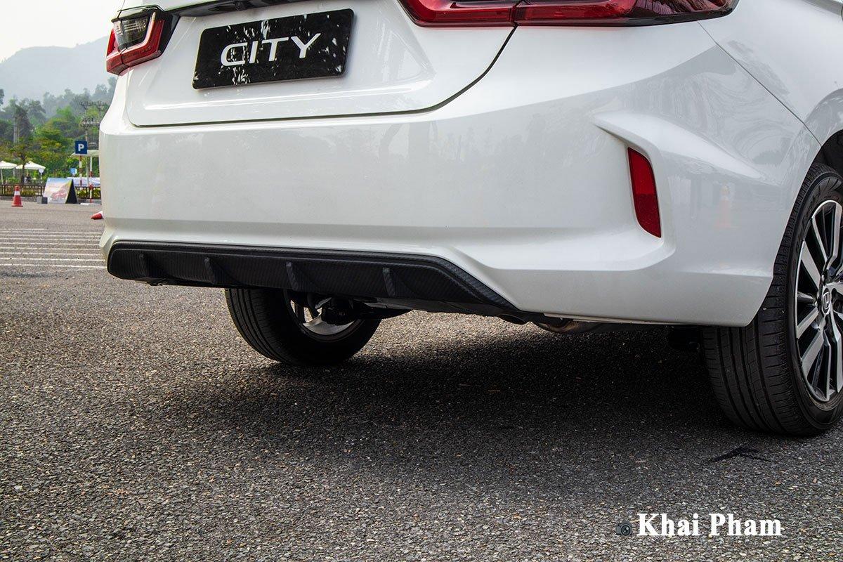 Tấm ốp khuếch lưu thể thao trên Honda City 2021 phiên bản RS.